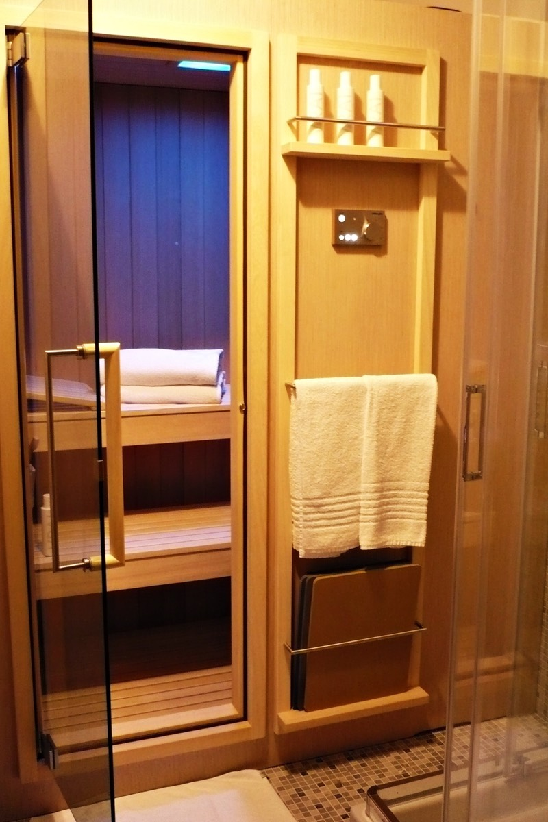 King Romantic Suite con vistas al canal y sauna
